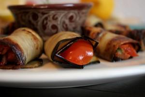 Gefüllte Aubergine mit Tomate