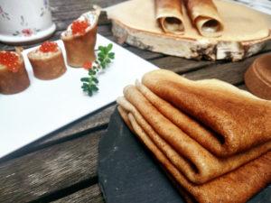 Vegane Pfannkuchen mit Kaviar-Füllung